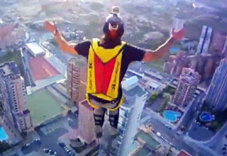 base [Video] Base Jumping from a Elevator Roof of a Hotel Funny Picture