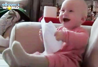 warm [Video] Heartwarming Videos of 2011 Funny Picture