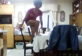 table [Video] Twisted Clip Of The Week Funny Picture