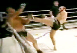 ko [Video] TOP 10 Knockouts of 2011 Funny Picture