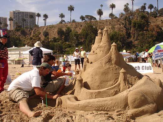 07 05 06 Beach Sand Castle